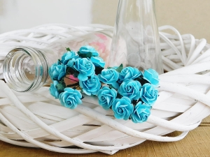 Wild Orchid Crafts - LIGHT TURQUOISE MULBERRY PAPER OPEN ROSES - 20 MM - 1 SZTUKA
